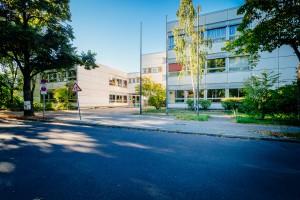 schule-front